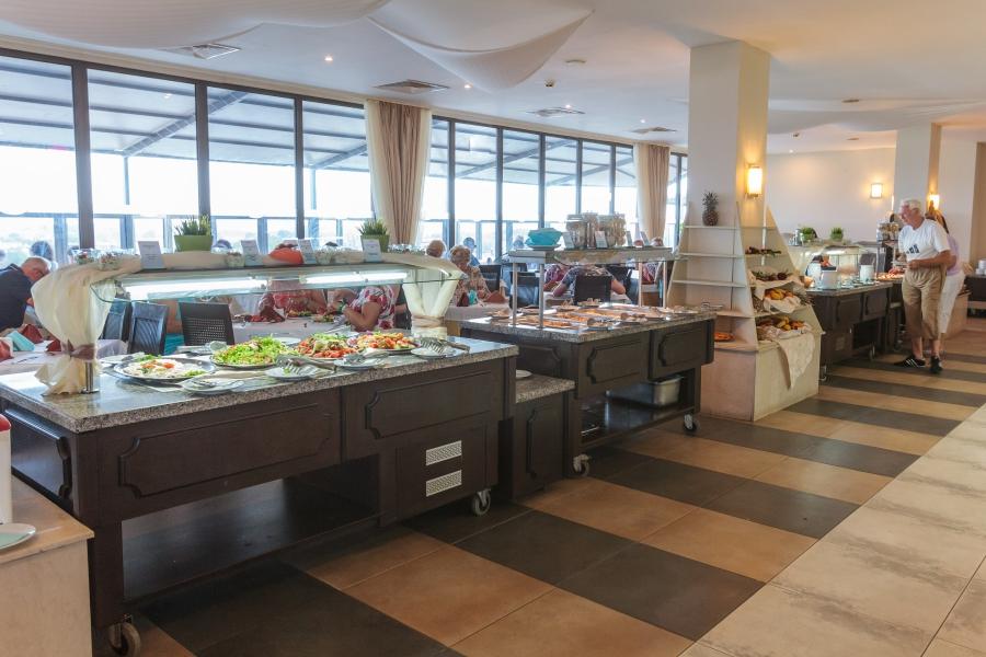 Meridian hotel Restaurant
